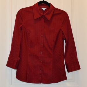Ladies Dark Red 3/4 Sleeve Button-Up Shirt Small